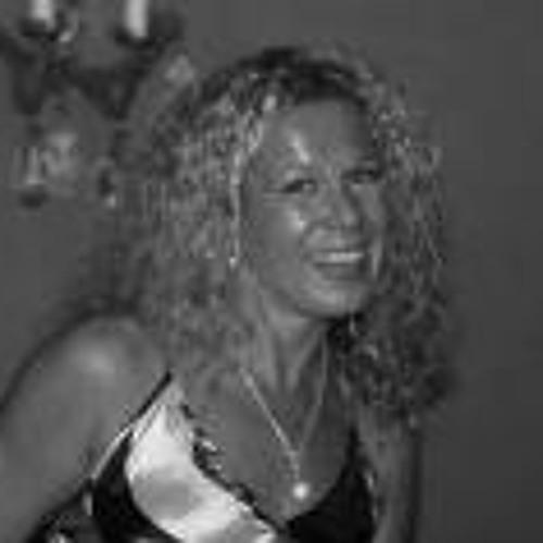 Leigh Hay 1's avatar
