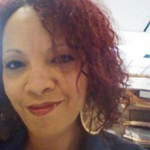 Elizabeth Jones 4's avatar