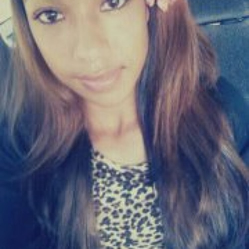 Yasmine Arevalo's avatar