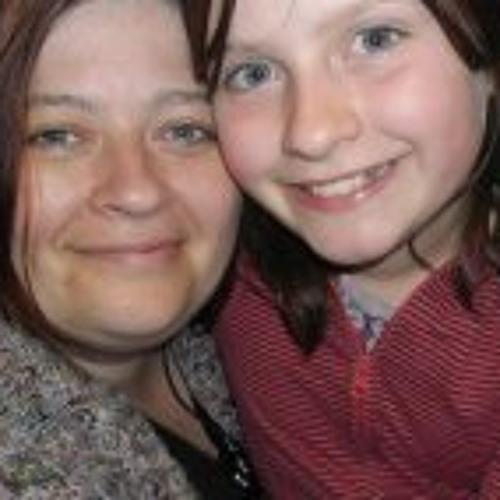 Lyndsey Thomas's avatar