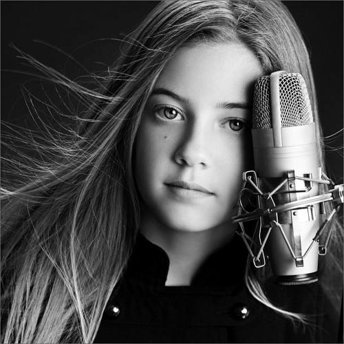 Mallory Bechtel's avatar