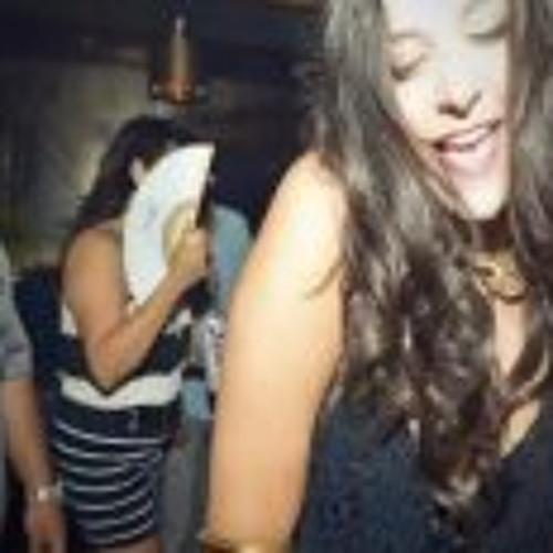 Luciana Balderrama's avatar