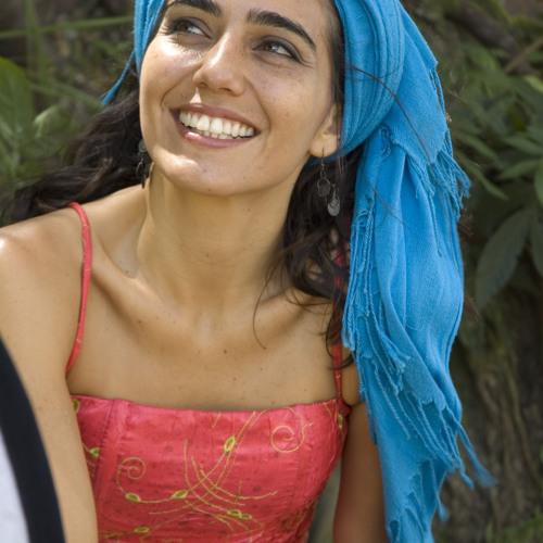 Renata Rosa's avatar