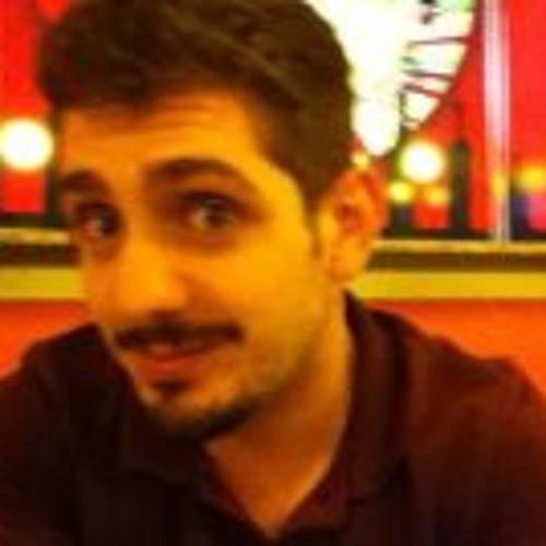 Lucas Britto Daros's avatar