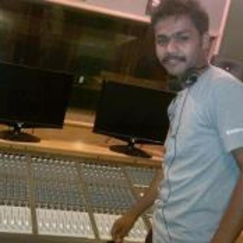 anuj bhatt's avatar