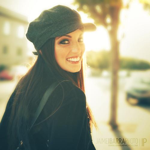 Lisa Play's avatar