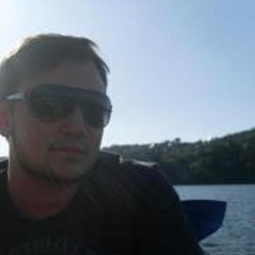 DeNnis Spooner's avatar
