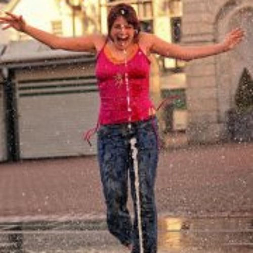 Aniela Zaba's avatar