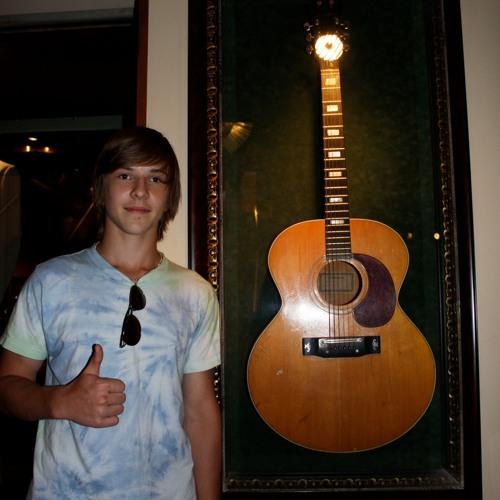 Nicks Music's avatar