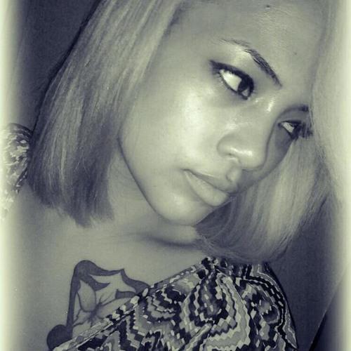 LisaMonroe's avatar