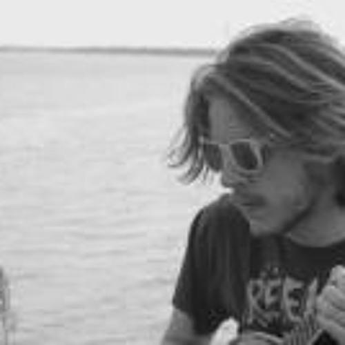 Nic Gauer's avatar