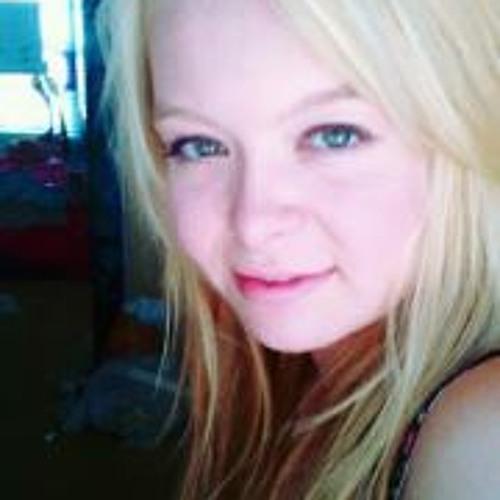 Elle Schooler Ziemer's avatar