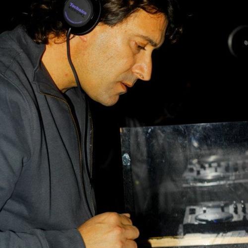 Miguel Baguis's avatar