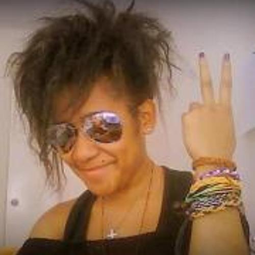 Mandowally Yenny's avatar