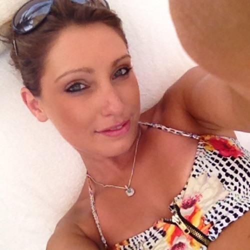 kayleigh25's avatar