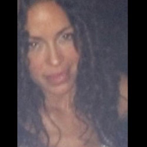 Linda Amador's avatar