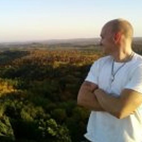 Andrew Tippett's avatar