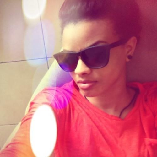 Neimah Majeed's avatar