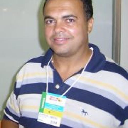 user8083035Leopoldo Radio's avatar