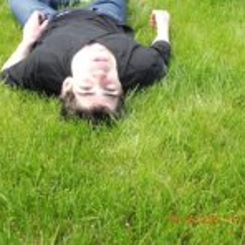 Simon Thomas 10's avatar