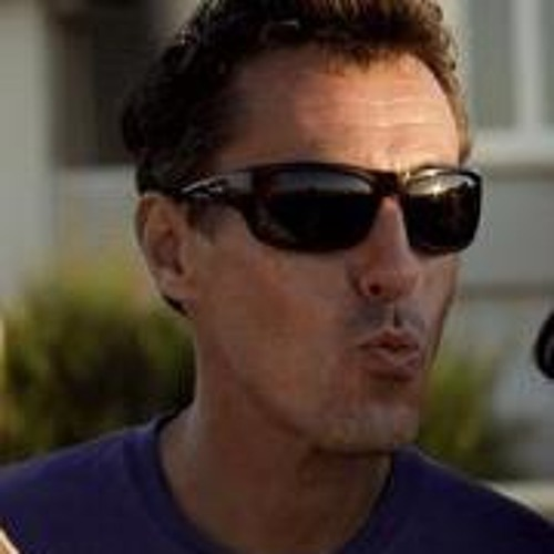 Stefan Adamski's avatar