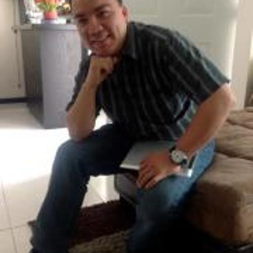 Carlos Cruz 39's avatar
