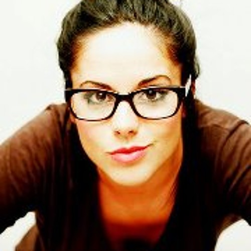 Caella Veloso's avatar