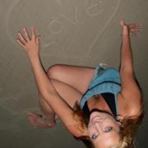 Larissa Wright 1's avatar