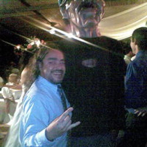 Alban Chito Mora's avatar