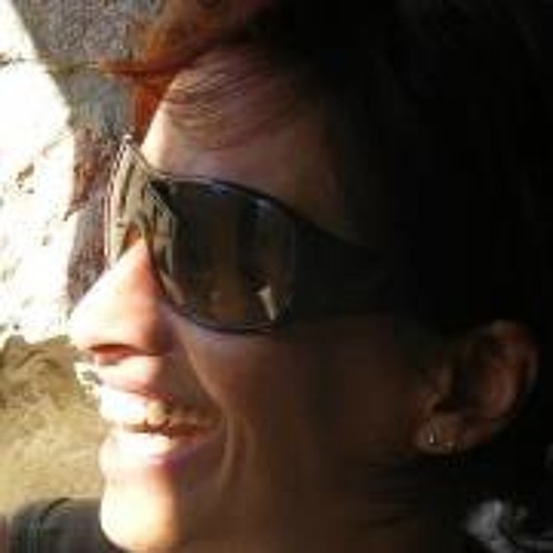 Cristina Morais's avatar