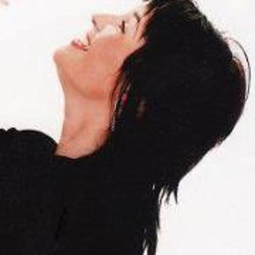 Lucy Manson's avatar