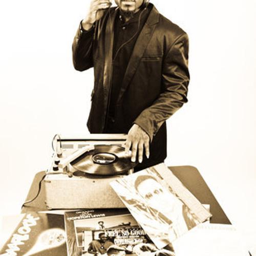 DJ Q Plus's avatar