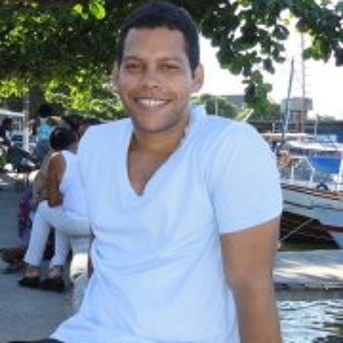 Henrique Bonfim's avatar