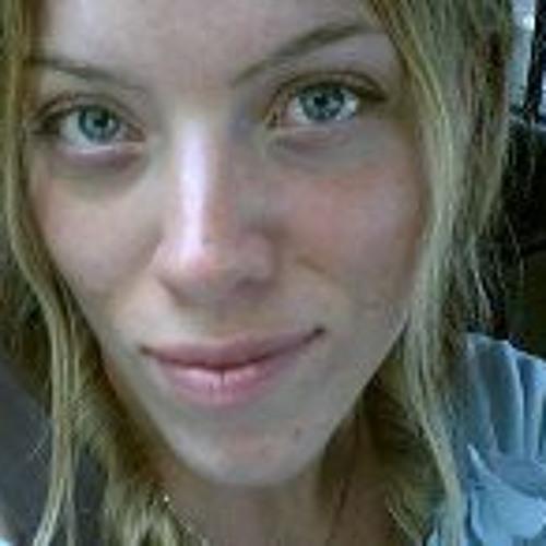 Desiree Sherwood's avatar