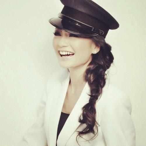 Atilia Haron's avatar