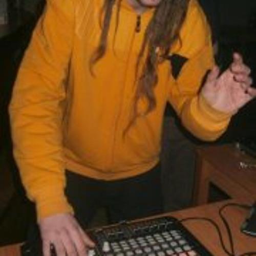 Vladan Fifidlaq Tekno's avatar
