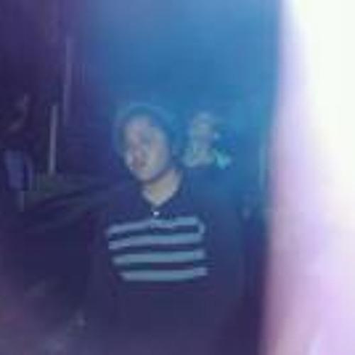 Bu Ze's avatar