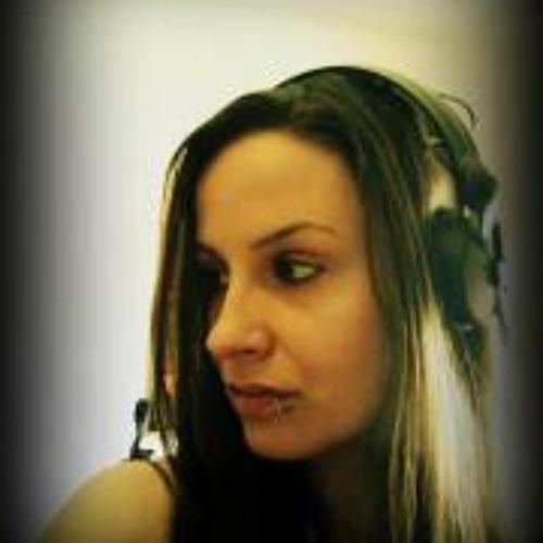 Melly Mc Steil's avatar