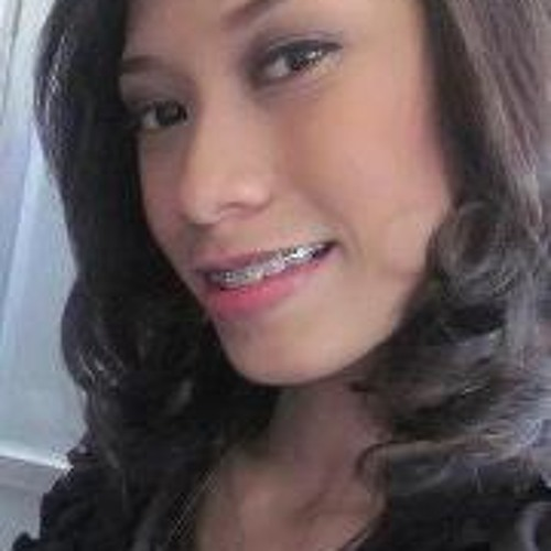 Vanessa Rose McGuire's avatar