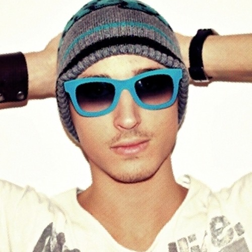Luca Ravaschino aka I.C.E's avatar