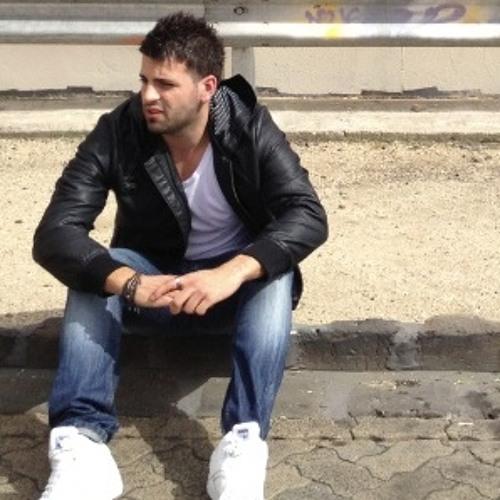 Adrian Marolda's avatar