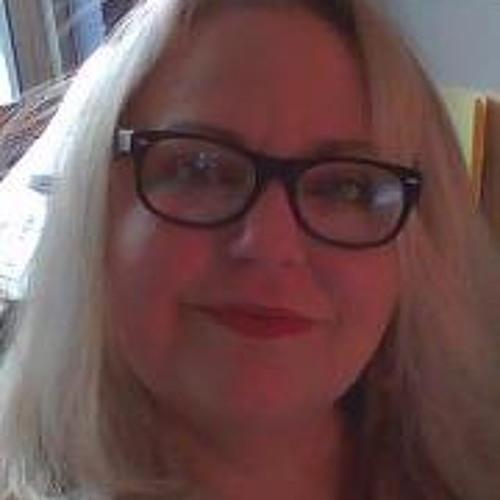Valerie Cowart's avatar