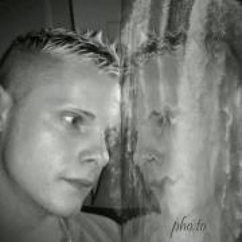 Lars Streit's avatar