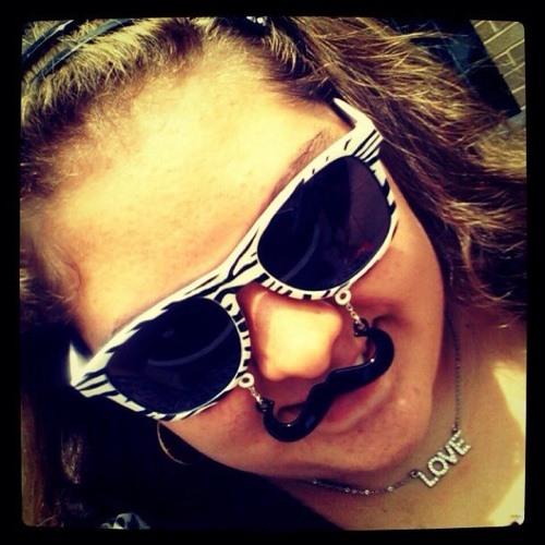smileychick1022's avatar