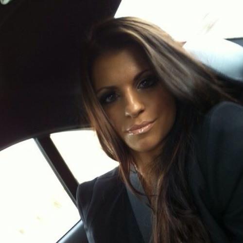 ana011's avatar
