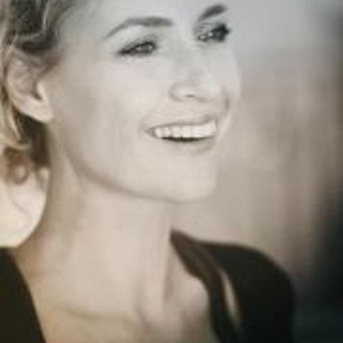Carla Rep's avatar