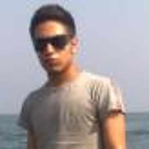 Omid Moghadam's avatar