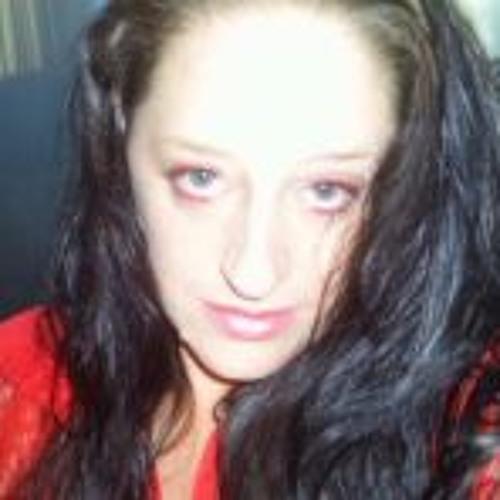 Linda Rees's avatar