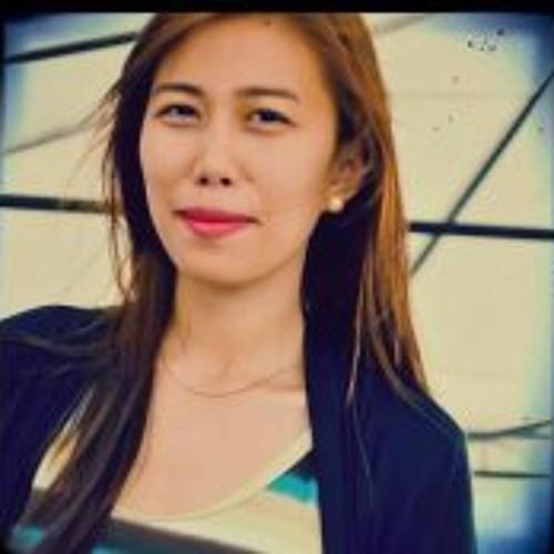 Mia Melocoton's avatar