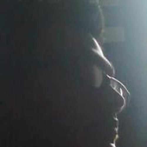Leron Menezes's avatar